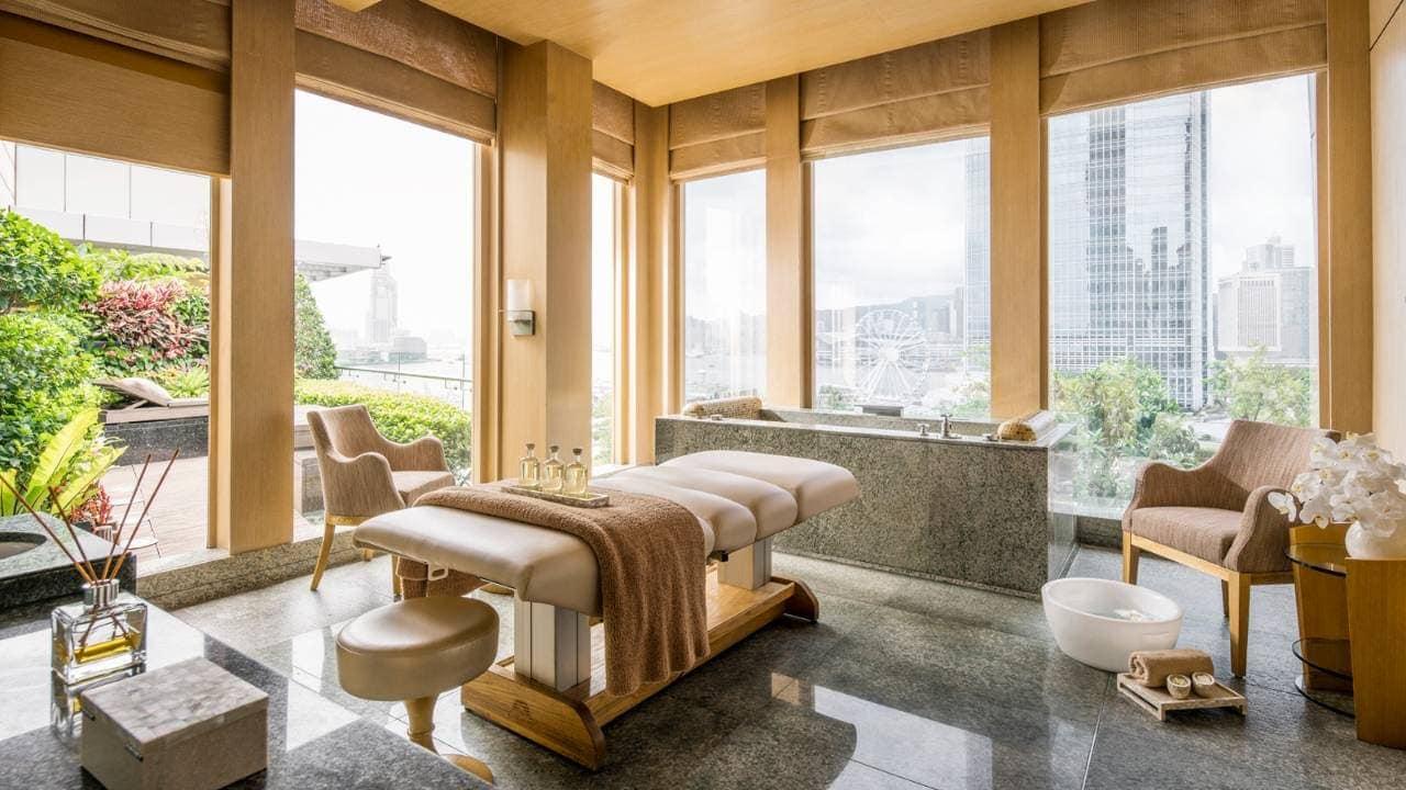 Four Seasons Spa Hong Kong, Four Seasons Hotel Hong Kong, Four Seasons Hong Kong, Vital Energy Crystal Healing, Massage, sound bowls, sining bowls, crystals
